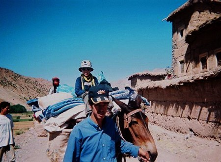 En famille dans la vallée des Ait-Bougmez
